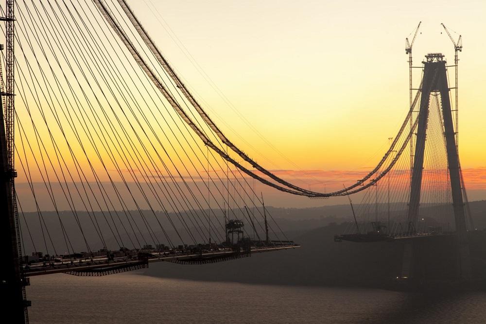 Customer - Bosphorous Bridge FND - Kule-ve-egik-aski-kablolar--(2)
